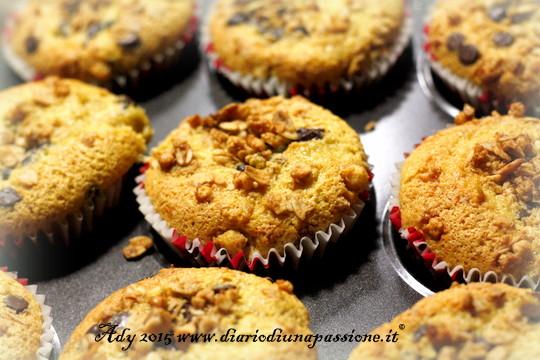 Muffins con farina di mandorle, senza lattosio e crunchy